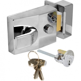 Yale Chrome Plated Nightlatch P85