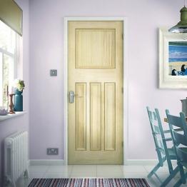Softwood Dx Vertical Grained Clear Pine Internal Door 1981mm X 686mm X 35mm