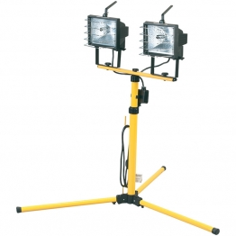 Twin Halogen Worklamps (400w) On Telescopic Stand
